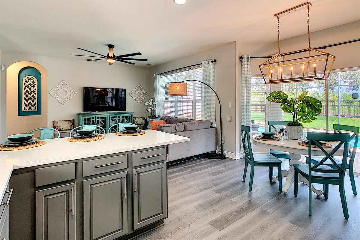 Totally Renovated-Professionally Decorated