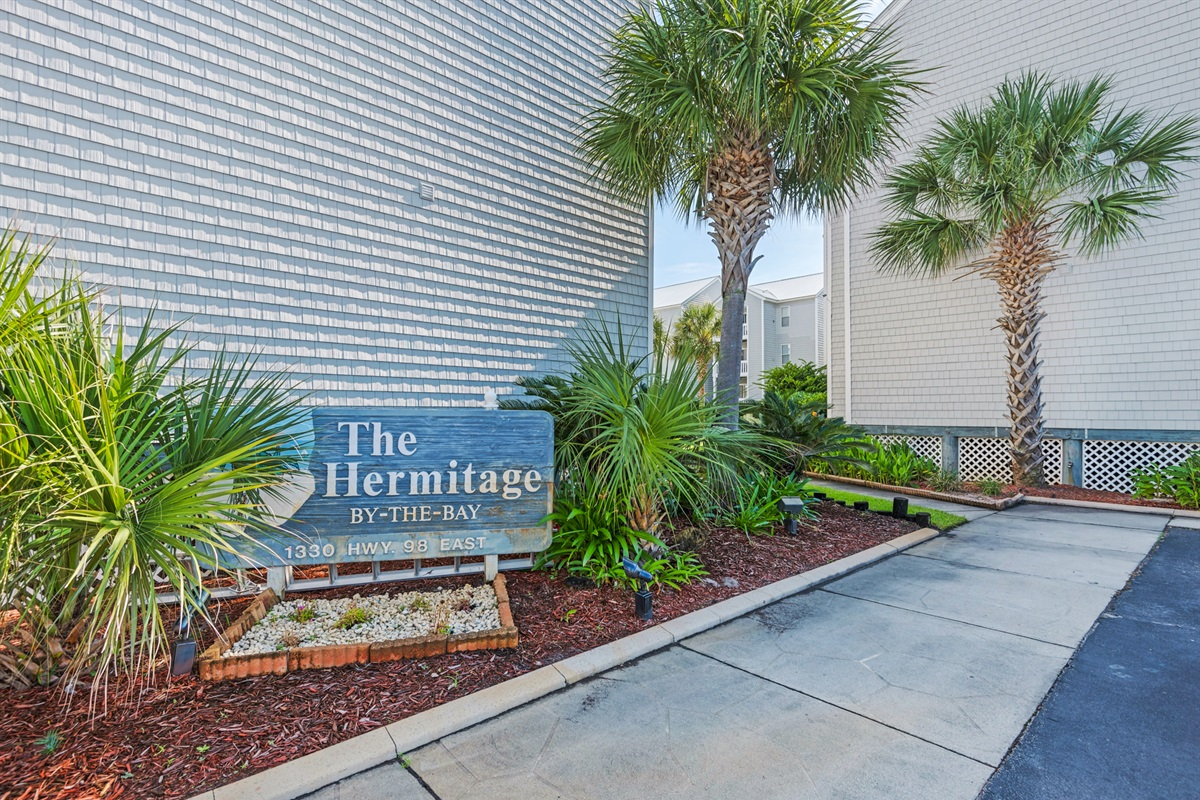 Hermitage by the Bay