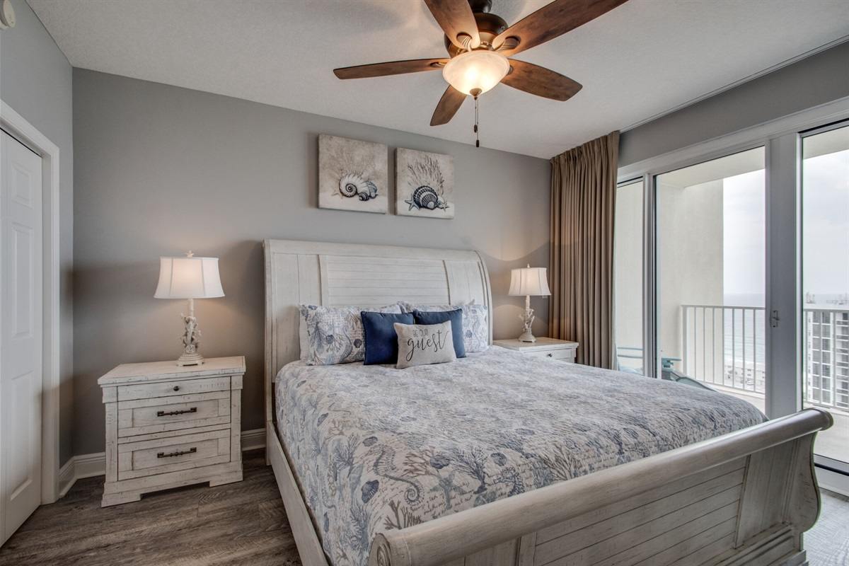Master bedroom w/private access to balcony
