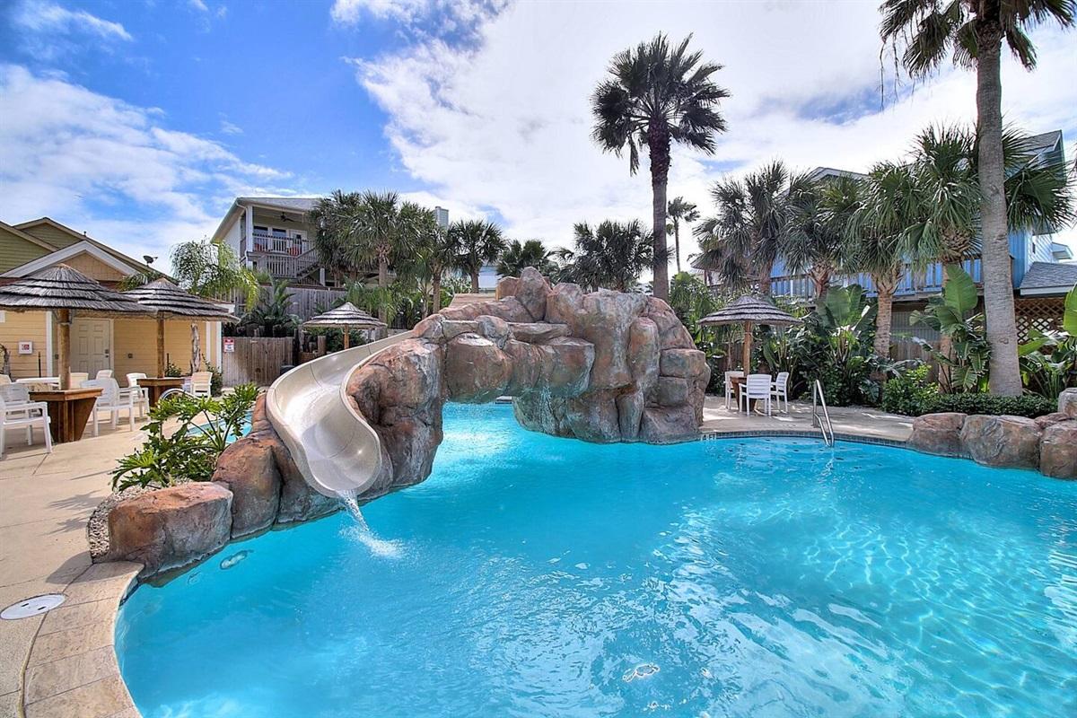 Resort Style Heated Community Pool