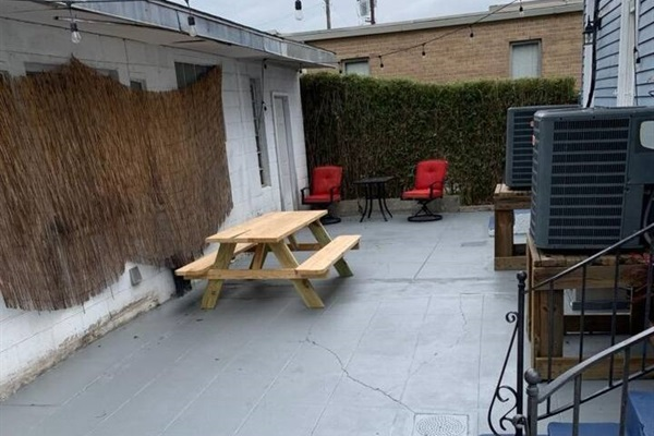 Rear courtyard.