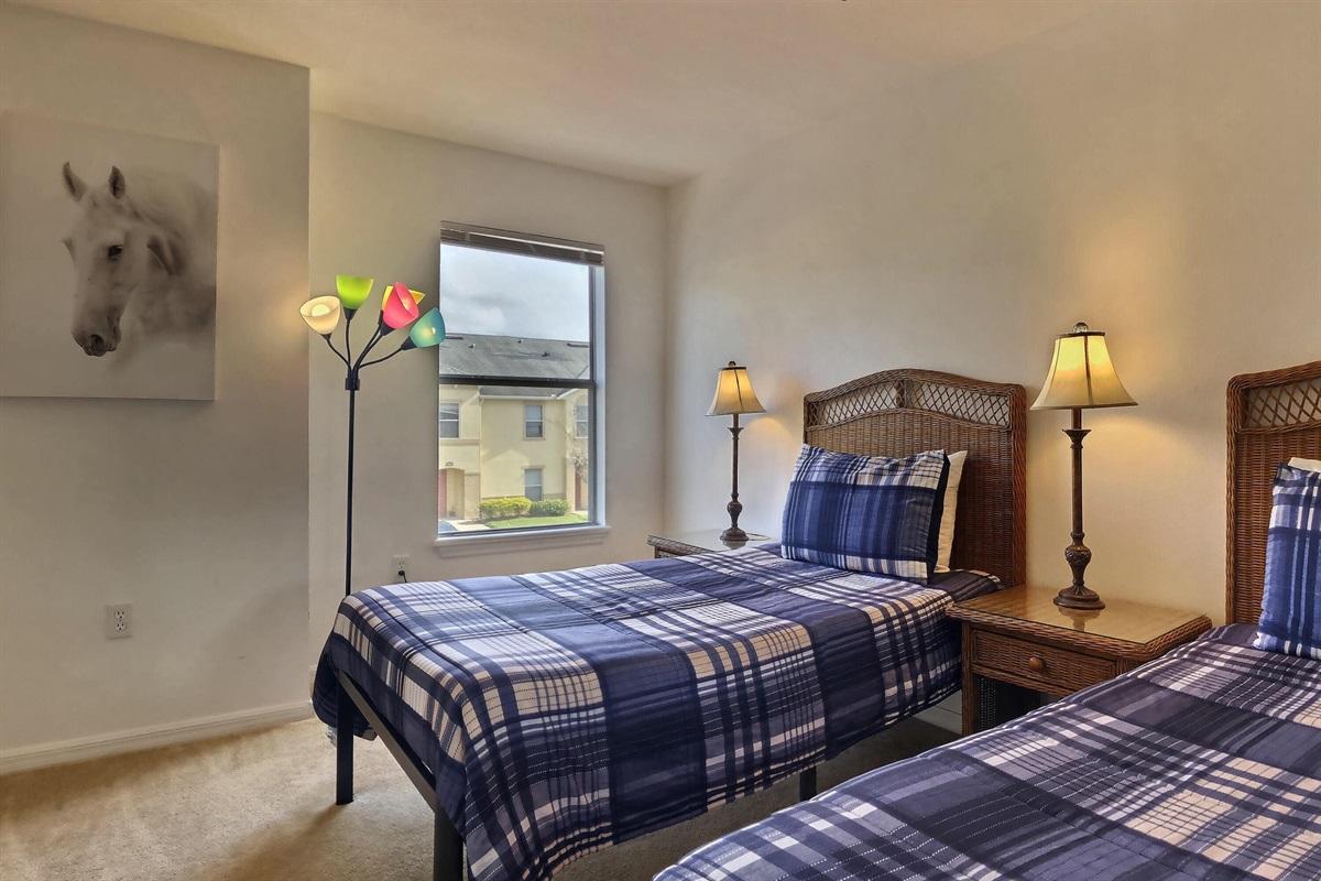 Twin bedroom 2 - Upstairs