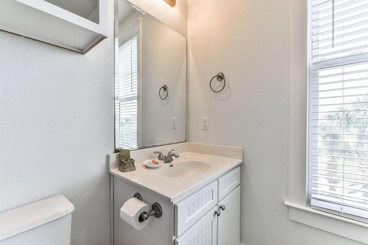 Bunk Bedroom en Suite Bathroom