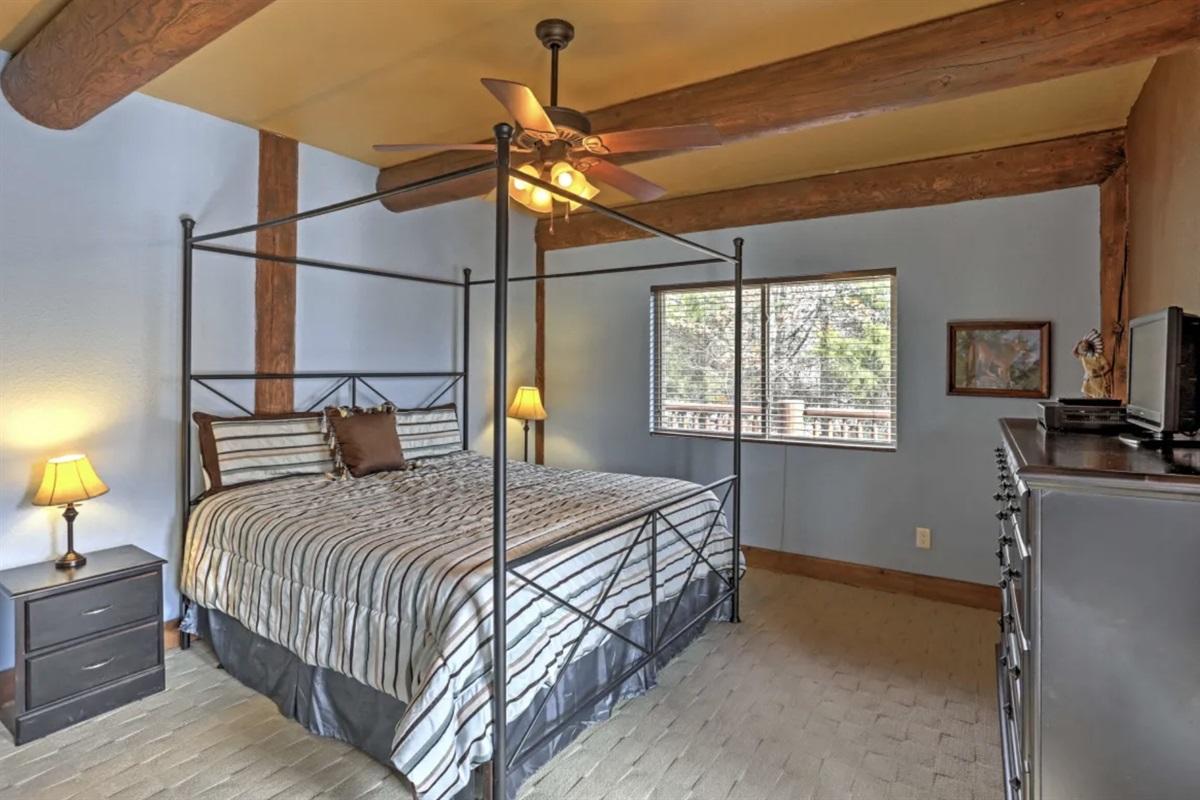4 king master suites