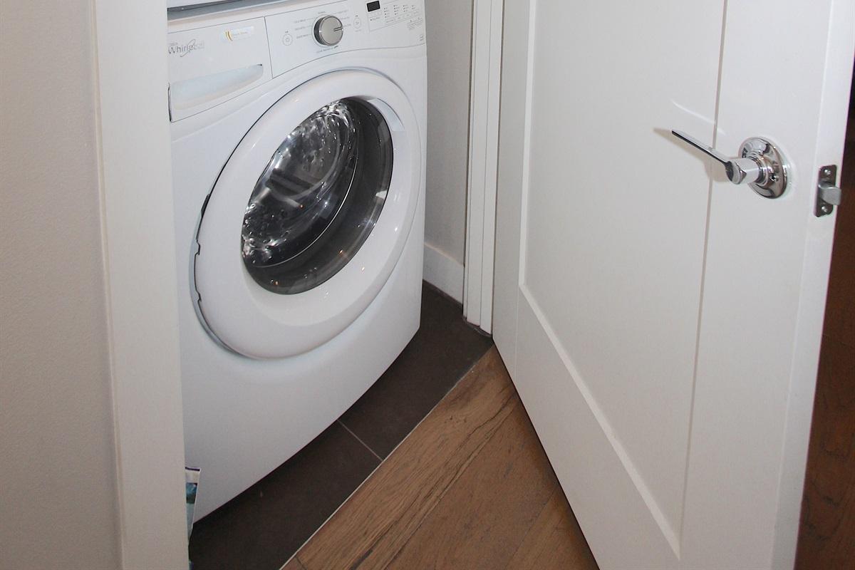 Washer & Dryer.