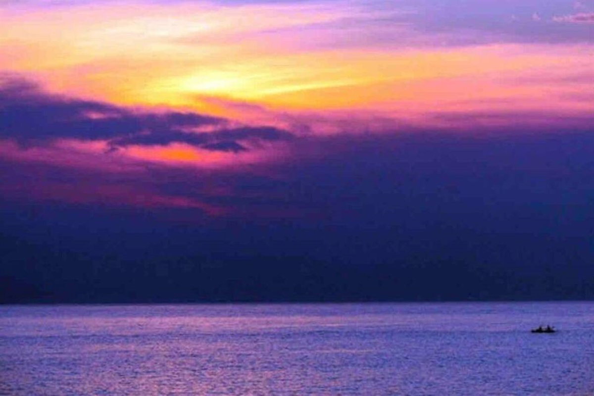 You will be amazed with the colorful Door County sunsets of red, orange, yellow, and even purple! Adventure Cottage stretches WAY out in the Bay which allows for some epic sunsets!