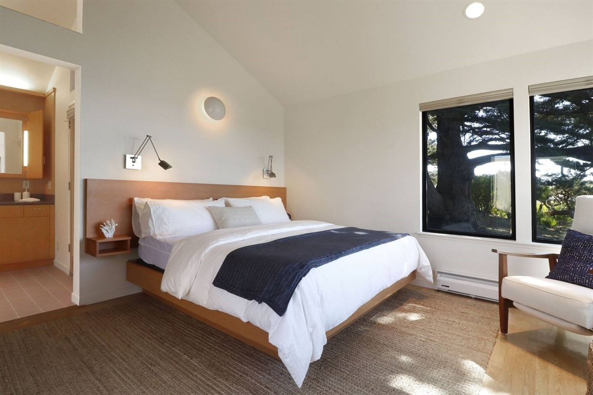 Pacific Sunset King Master Bedroom