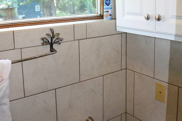... and modern tile with lots of storage