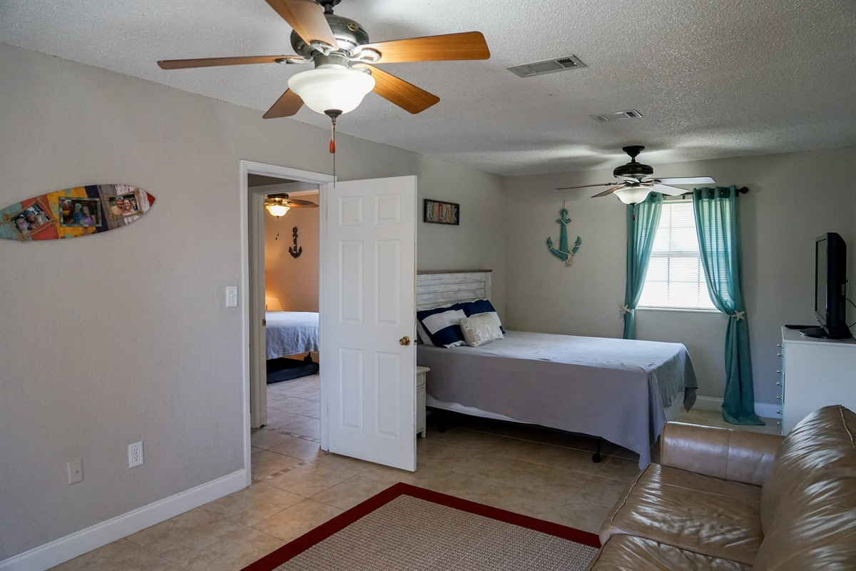Large master bedroom (NEW PICS COMING...King Bed just added)