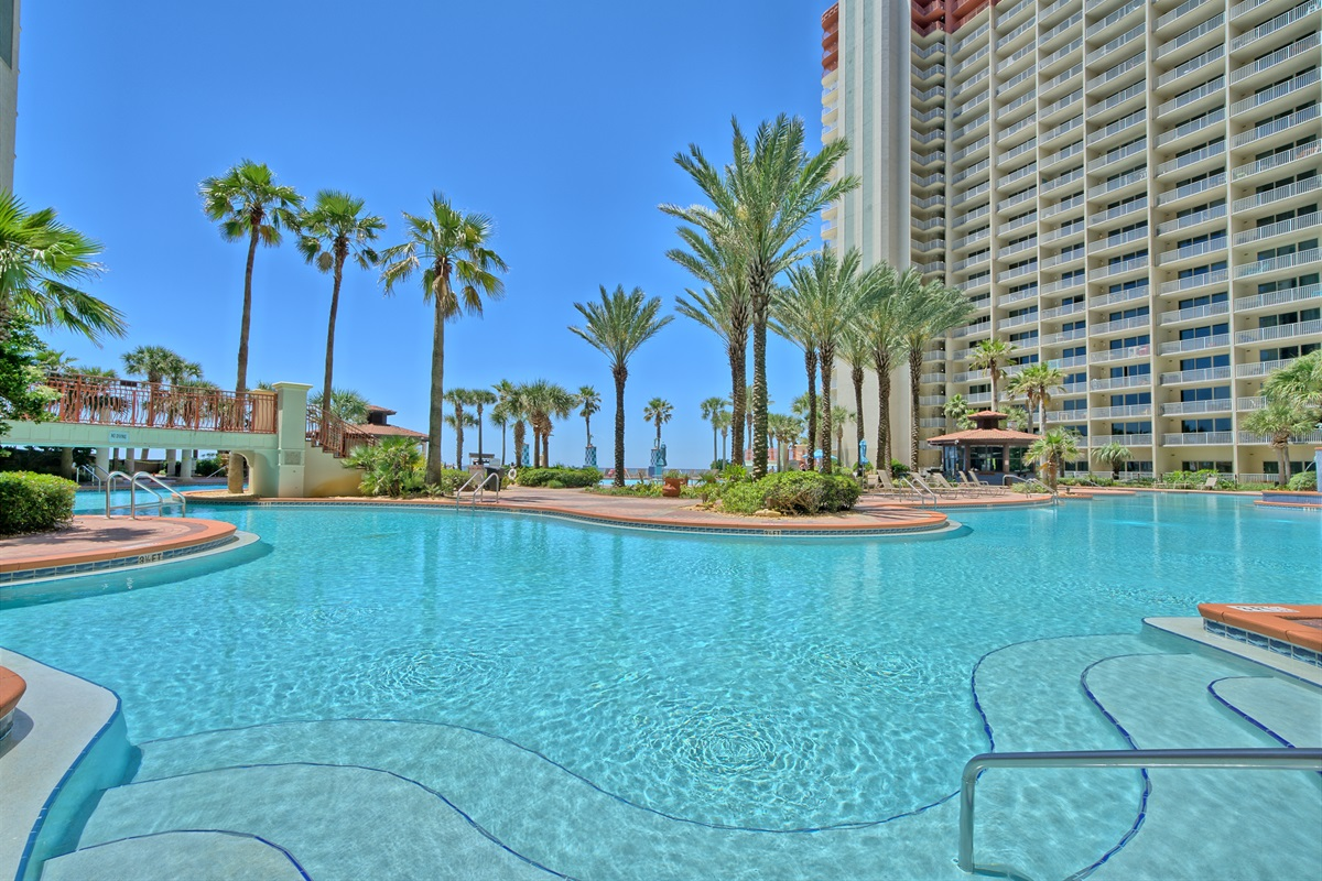 Most beautiful pool in Pcb!