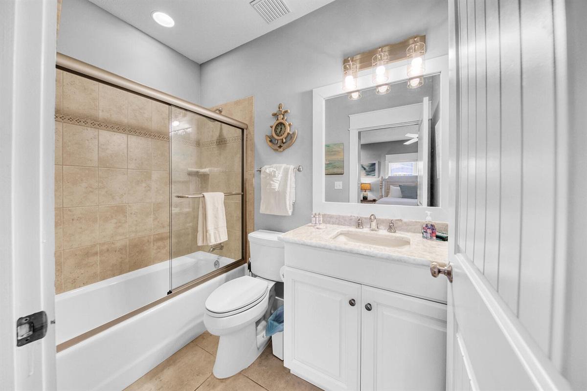 First Floor - King Bathroom