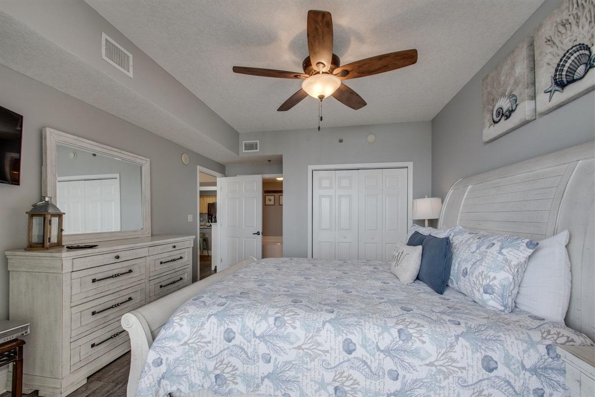 Master bedroom w/en-suite bathroom & all new furnishings