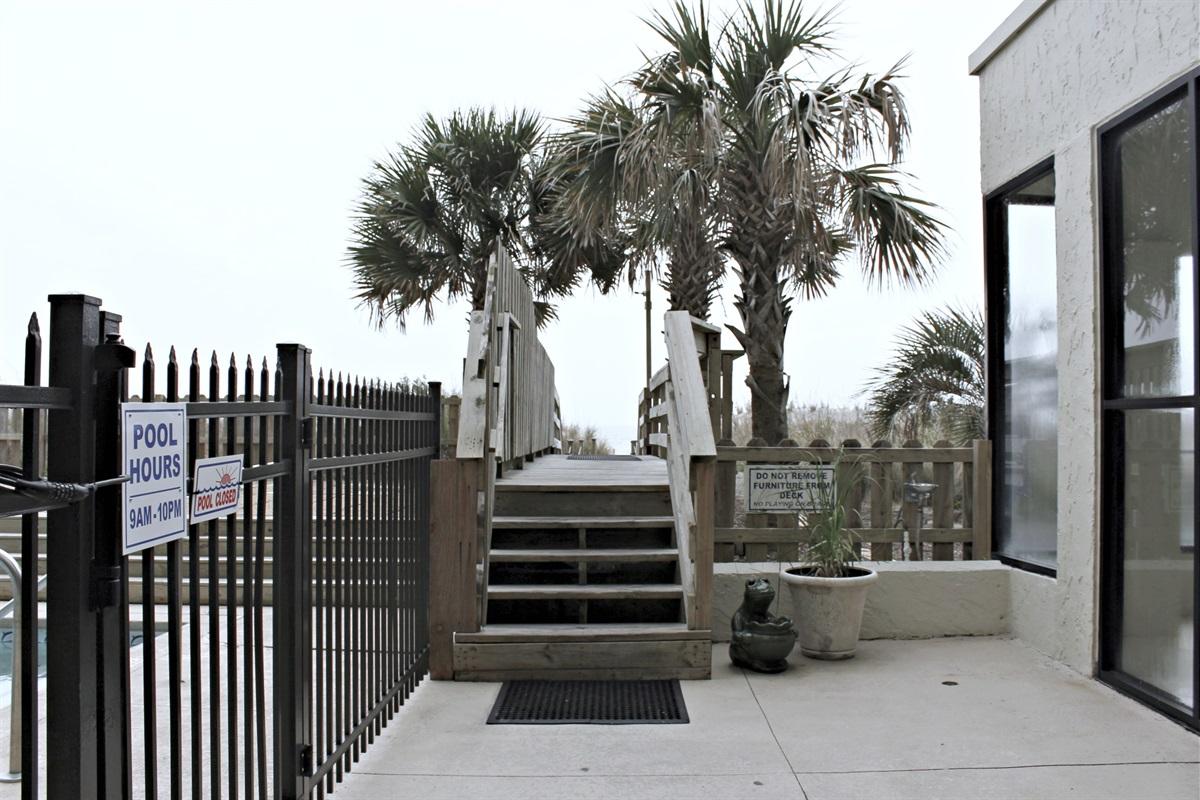 North Walkway to Beach