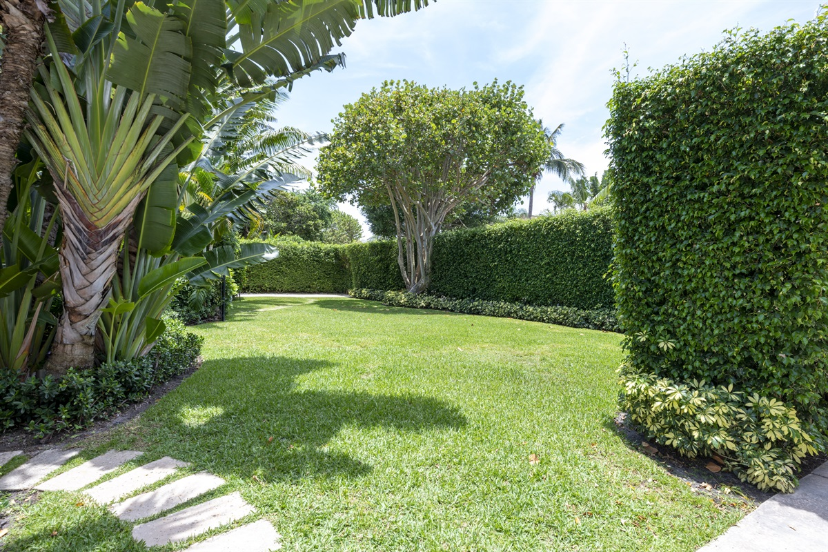 Welcome to the 1924 Historic mini- estate in West Palm Beach. Stunning Heated pool, main house has 3 bedrooms 2.5 baths and Guest House 1 Bed & 2 bath. The house is located in a prime location