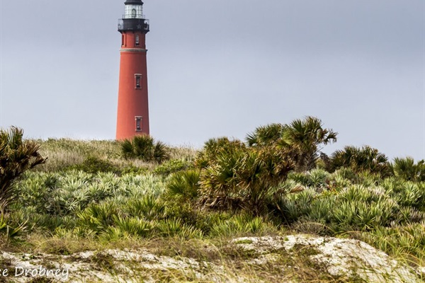 Ponce Inlet Lighthouse and Marine Science Center are 3.5 miles south.