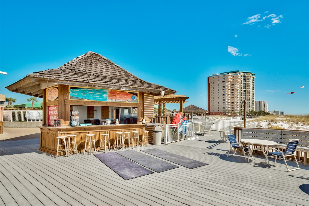 Tiki Bar (Seasonally open)