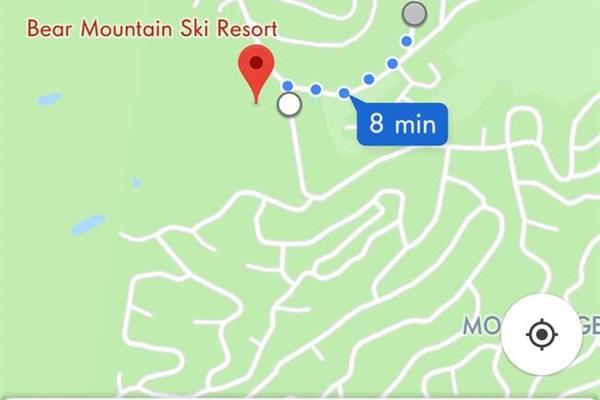 0.3 mile walk to Bear Mountain Ski Resort