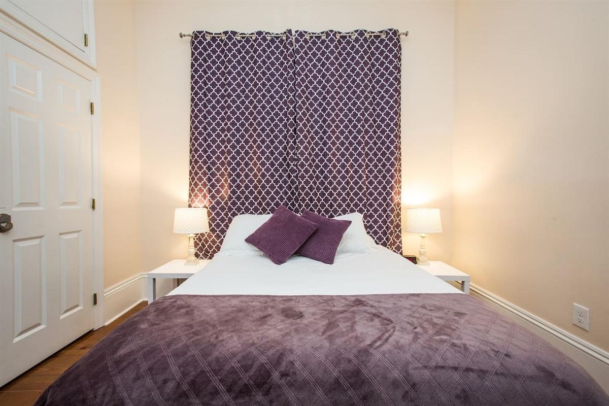 Room 2.  Queen memory foam gel mattress, cotton sheets, luggage rack.