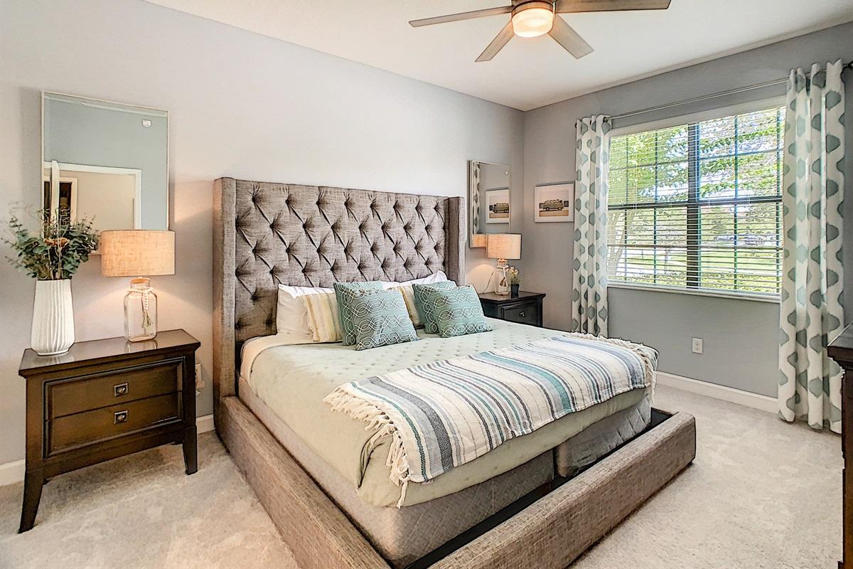 Suite 2-1st Floor- King Bed