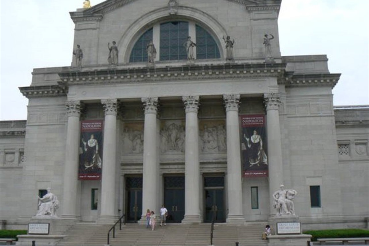 A principal U.S. Art Museum, the Saint Louis Art Museum has art from all corners of the world.