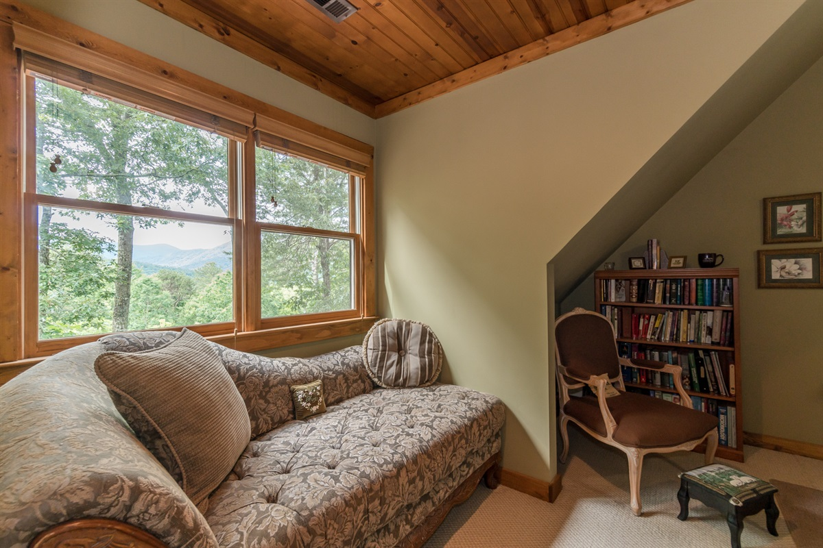 Chase Lounger with Mountain View in Master Bedroom