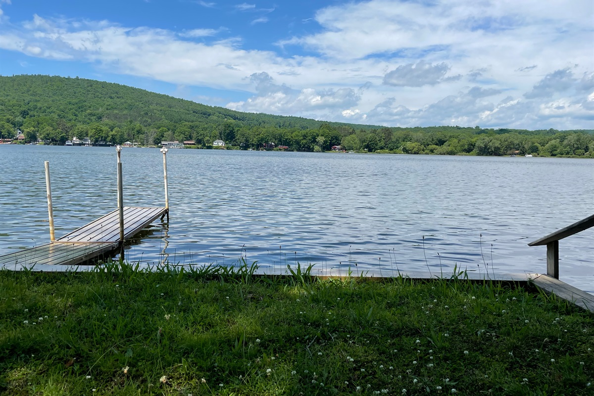 Lakeview Cottage Waterfront - great swimming and fishing!