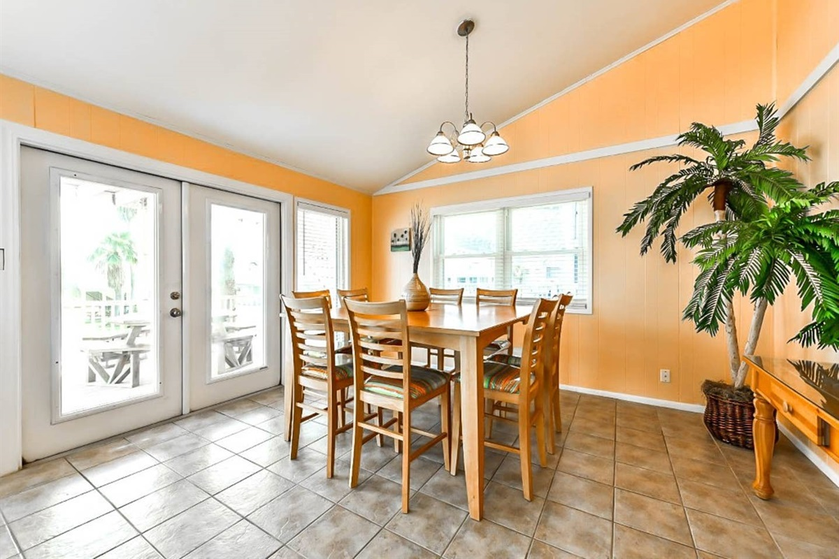 Dining Area with Access to Balcony
