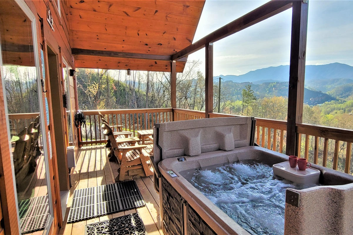 Fully covered deck overlooking the mountains