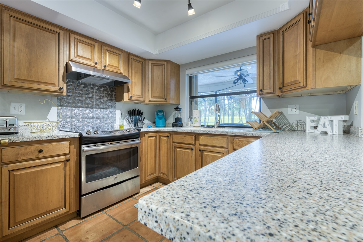 Fully equipped with everything you need kitchen!