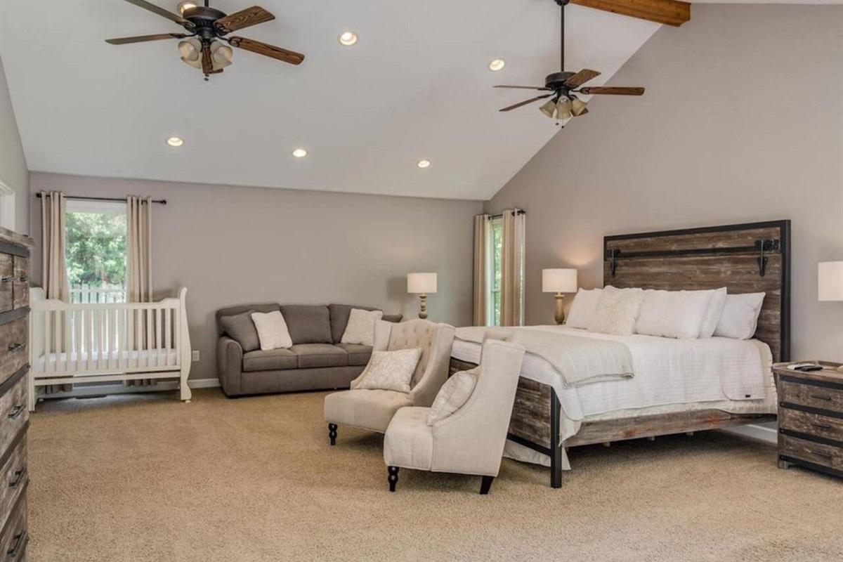Master Bedroom, Baby crib, & Queen sleeper sofa