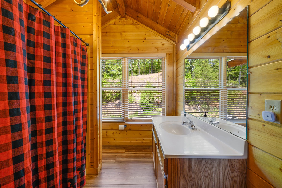 Top Floor Bathroom #1 - On-Suite from Bedroom with full tub/shower combo