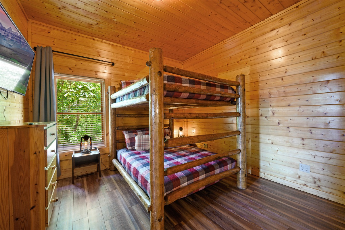 Bottom Floor Bedroom #4 with 2 Queen Bunkbeds, Blackout Curtains, 50 Inch Smart TV, USB Ports and On-Suite Full Bathroom
