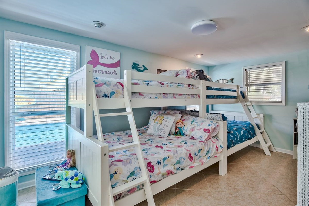 Bunk Beds Twin/Full