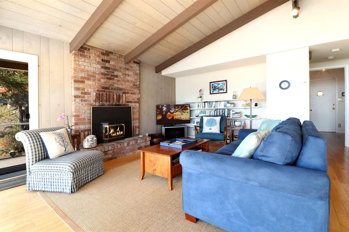 River Seascape Open Living Room
