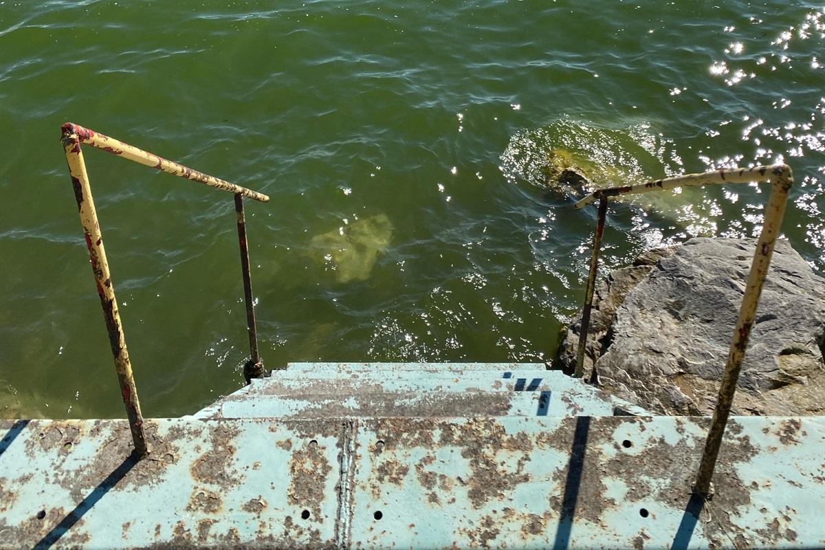 Access into Lake Erie