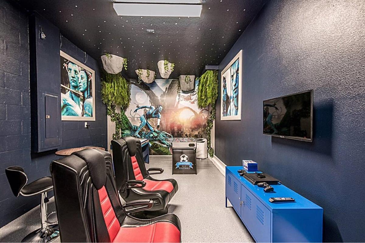 Avatar game room