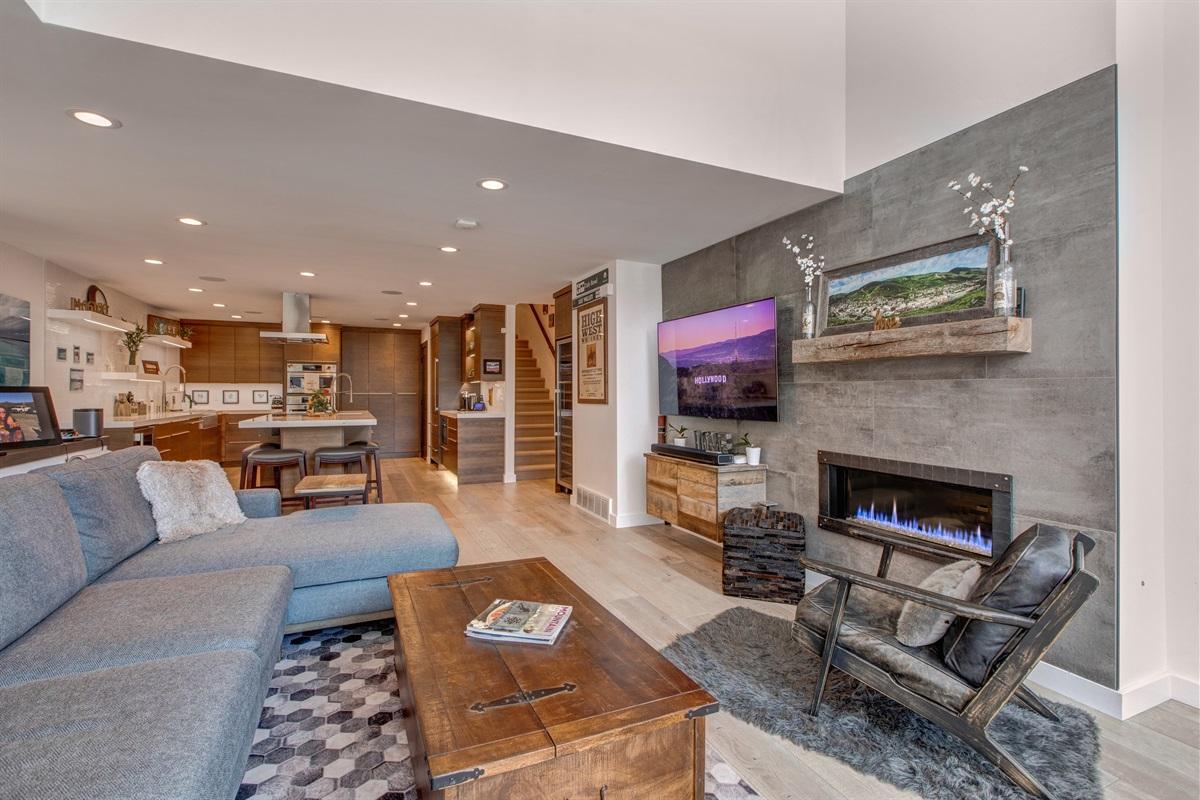 Smart TV - Gas Fireplace