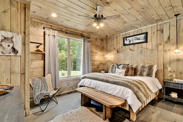 Wolf Den King Master Suite on the main level. No stairs required.