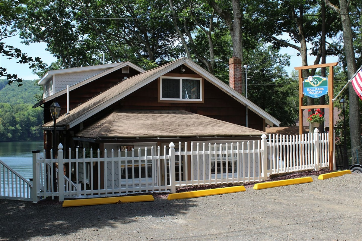 Cooperstown Baseball Rentals - Holiday Lane is a 3 bedroom, 2 bathroom with a dock and 2 kayaks located on beautiful Goodyear Lake.  The perfect getaway to relax and recharge!