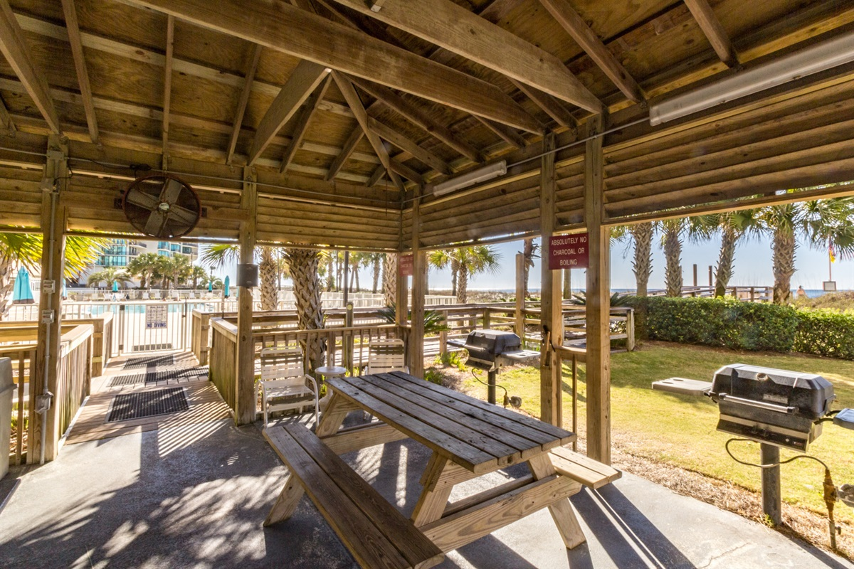 Gazebo, Picnic Tables & Gas Grill... Perfect Place for a Picnic