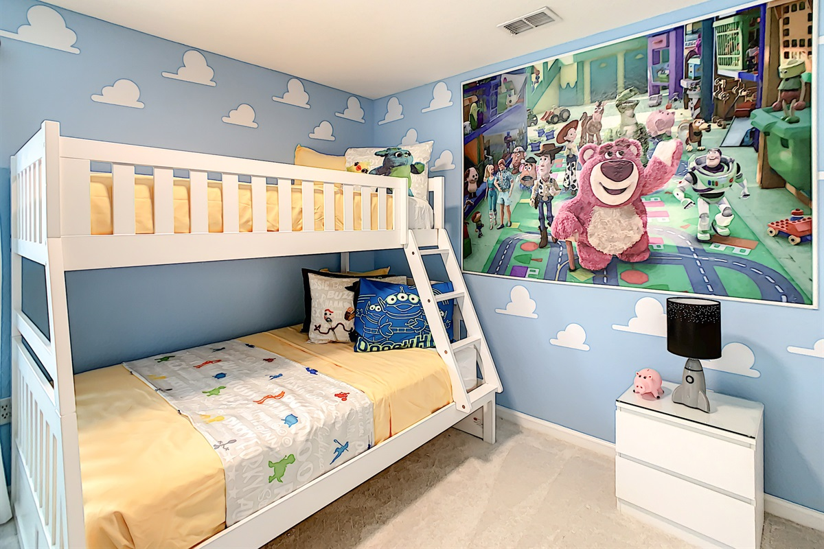 Toy Story Themed Kids' Bedroom
