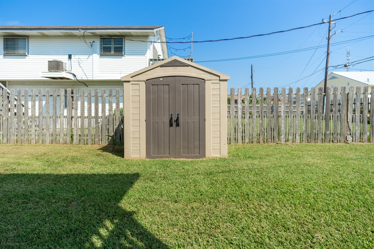 Guest Shed -Beach/Outdoor items