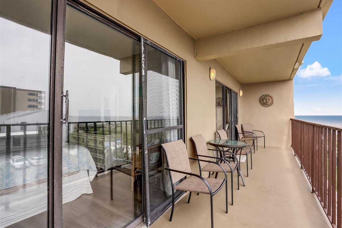 Everyone Can Enjoy the Balcony