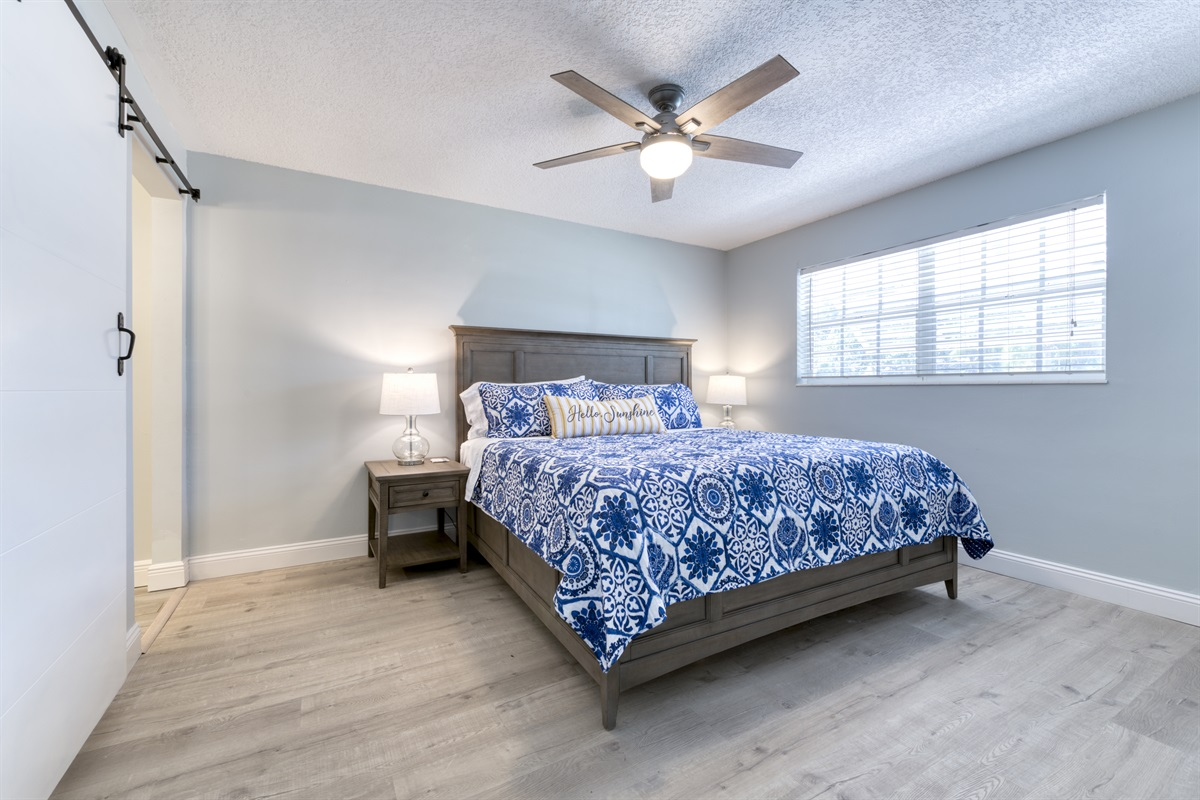 Spacious Master King- sized bedroom with En-suite bathroom with Smart Roku TV.