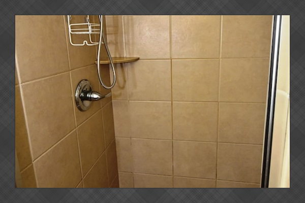 Guest Bathroom Attached To Guest Bedroom, Tiled Shower W/ Massaging Shower Head.