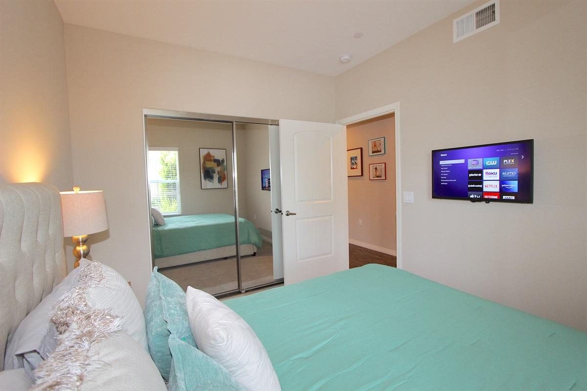Guest bedroom #2 with queen bed, flatscreen TV with ROKU.
