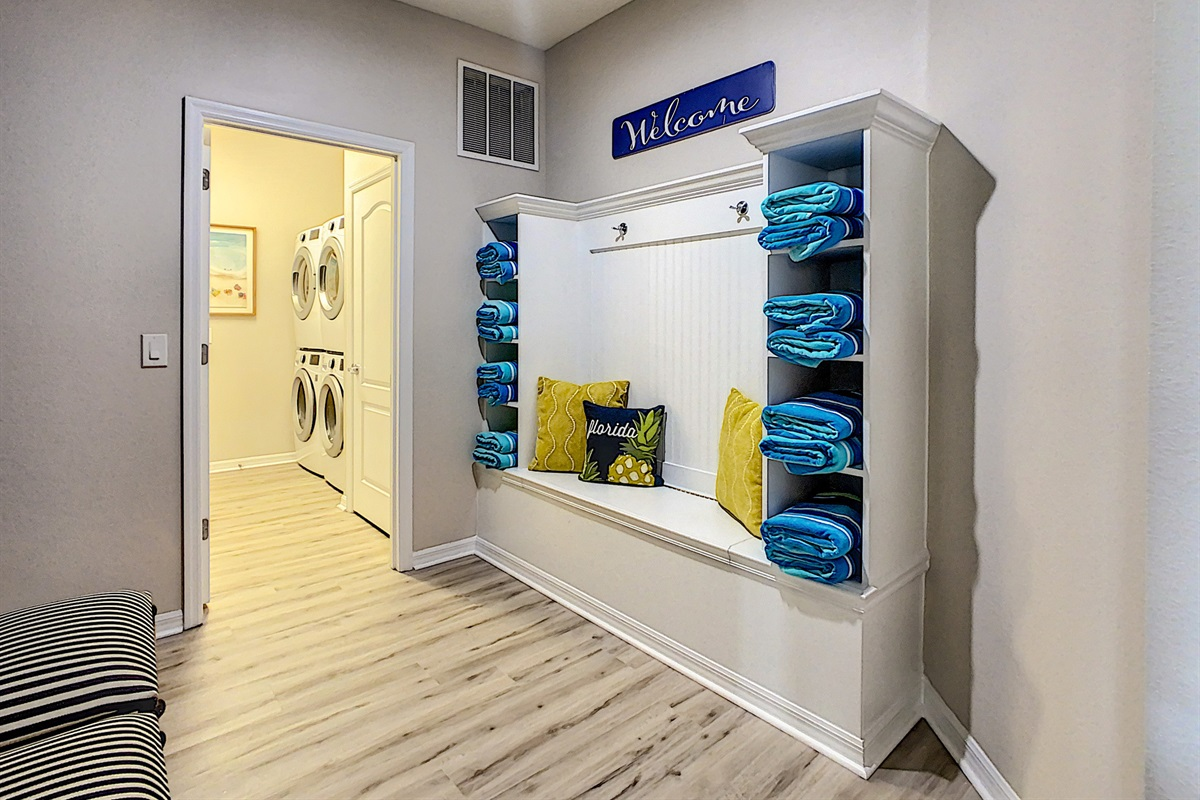 Mudroom And Laundry Room (Double Washers And Dryers)