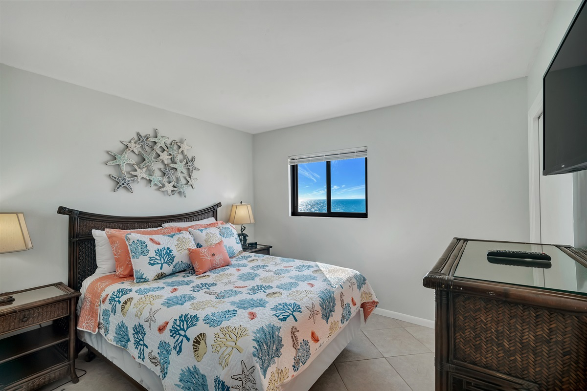 Guest room with Beach View