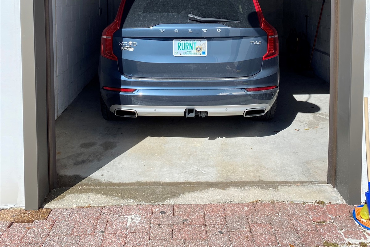 1 car parking garage