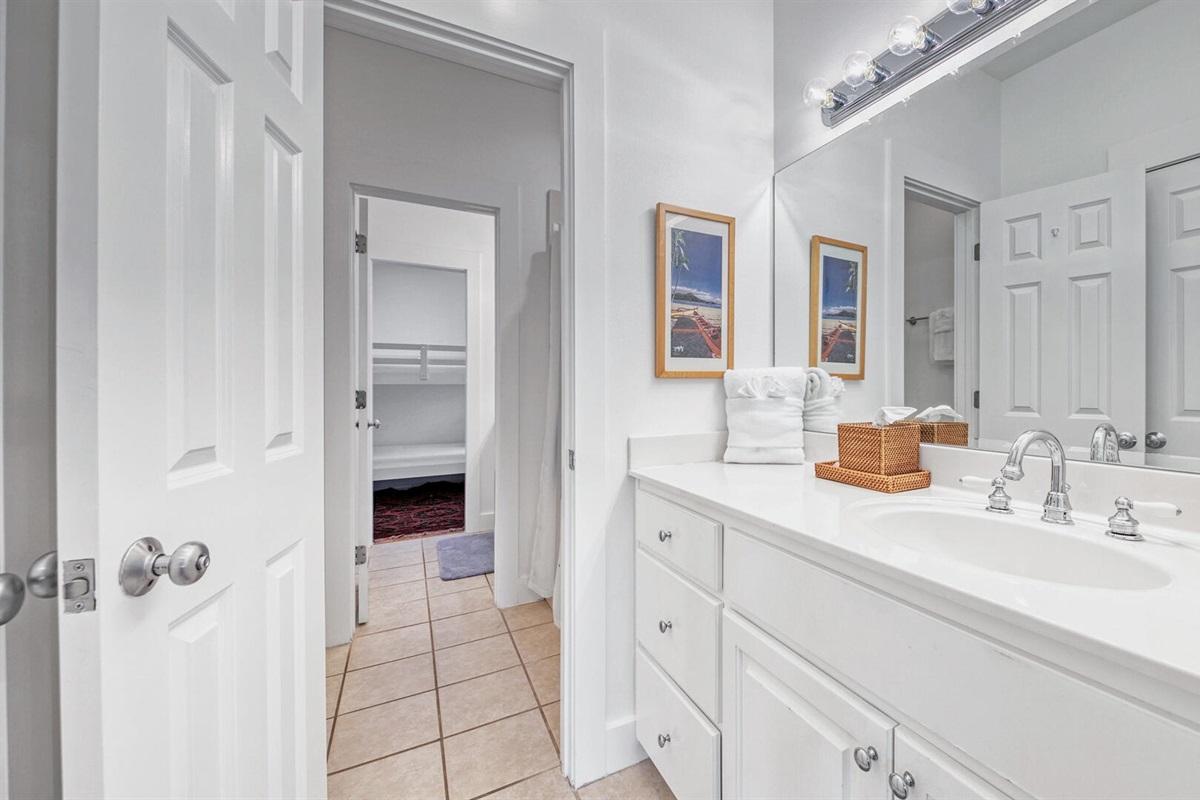 Second Floor - Shared Bathroom